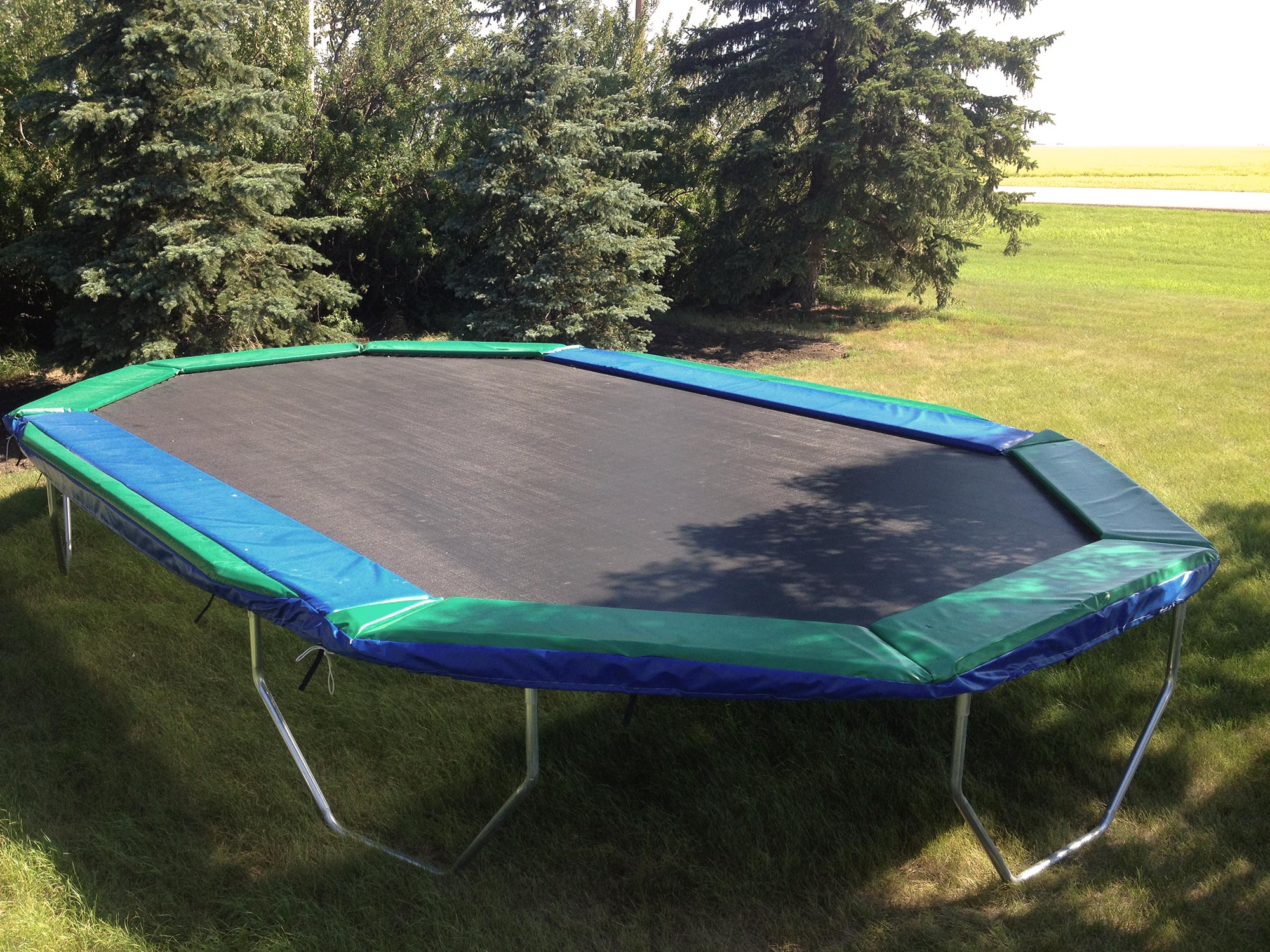 how to build a trampoline